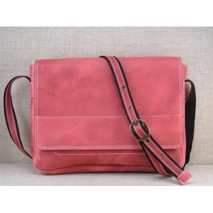 59852d21ac3 Kožená taška přes rameno 437-54 červená